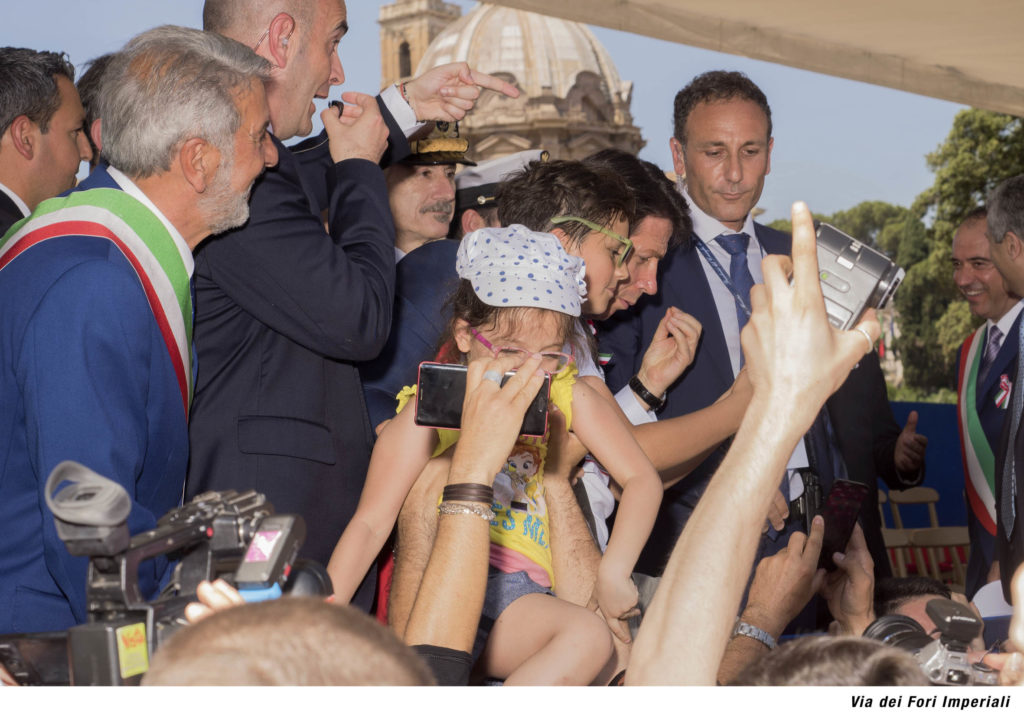 06-Spread_Santese_Valli_Realpolitik_Popolopopolo_spread11